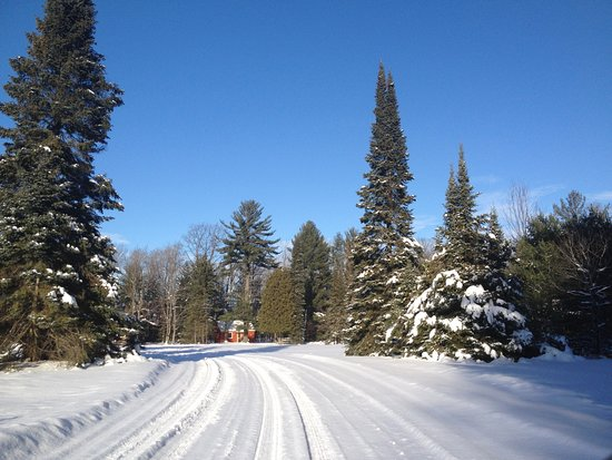 Rhinelander, WI: Drive to cottages in winter.
