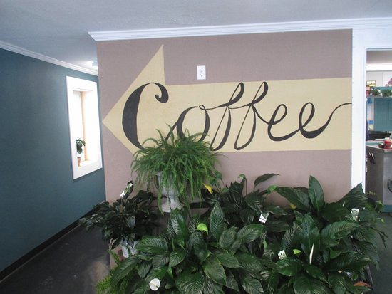 North Branch, MN: Coffee area