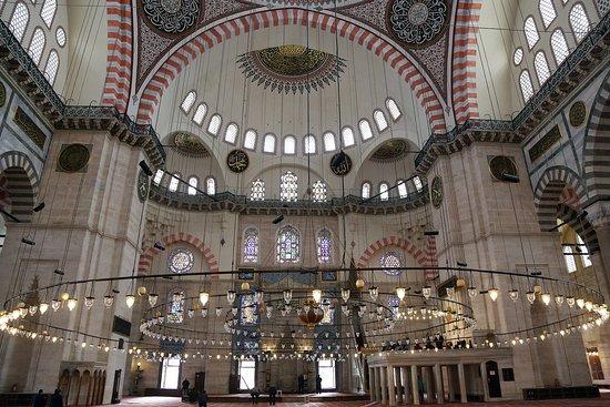 мечеть Сулеймание внутри - Изображение Мечеть Сулеймание, Стамбул -  Tripadvisor