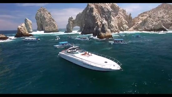 Yacht in Cabo