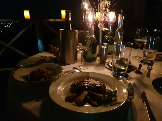 Mille Fleurs Restaurant: Delicious flamed chicken liver