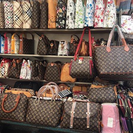 Ladies Market Bild