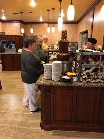 Hershey Farm Restaurant: Chocolate fountain
