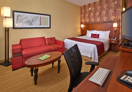Willow Grove, PA: Every Guest Room offers space and comfort