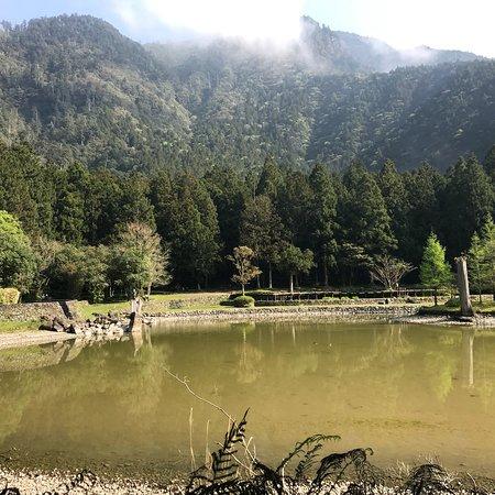 優靜的地方,不算大的湖