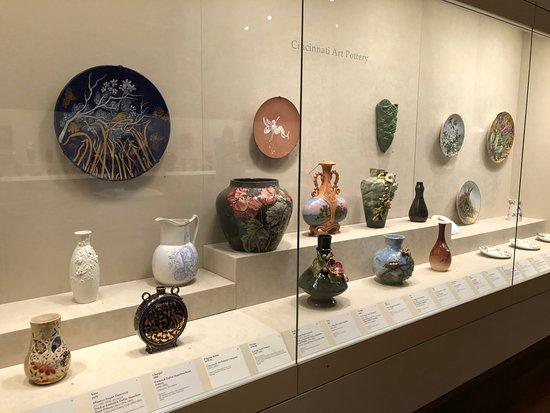Cincinnati Art Museum: Cincinnati Art Pottery examples