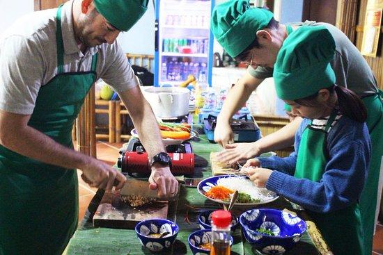 Hoi An Eco Cooking Tour
