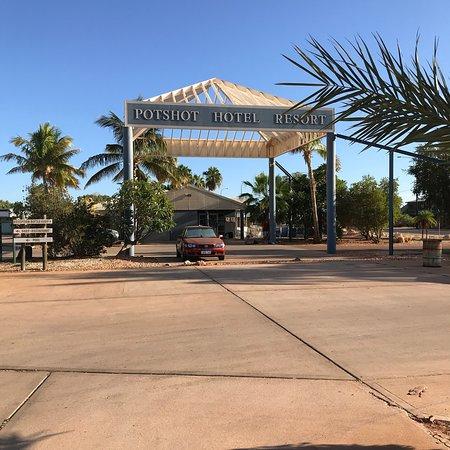 Potshot Resort: photo0.jpg