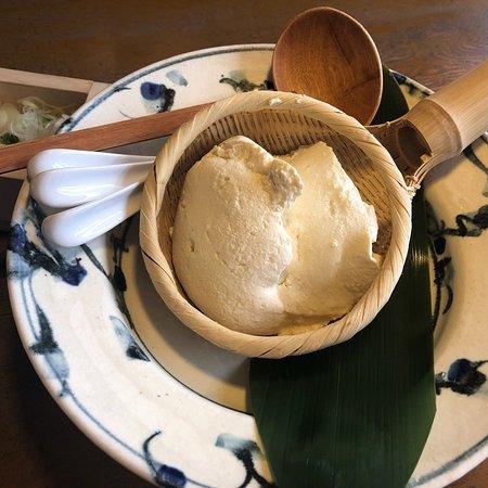 Sorano Ebisu: ランチについてるザル豆腐