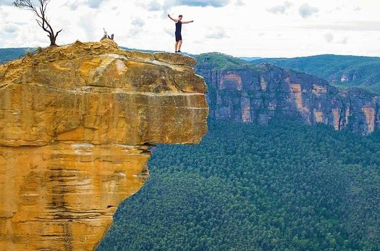 Blue Mountains Hanging Rock