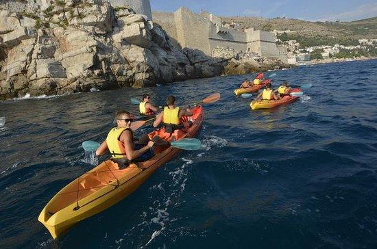 DUBROVNIK: tour en kayak con snorkel...