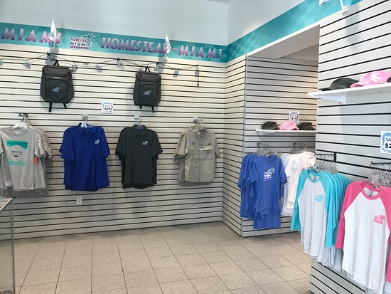 Homestead Miami Speedway: Gift Store