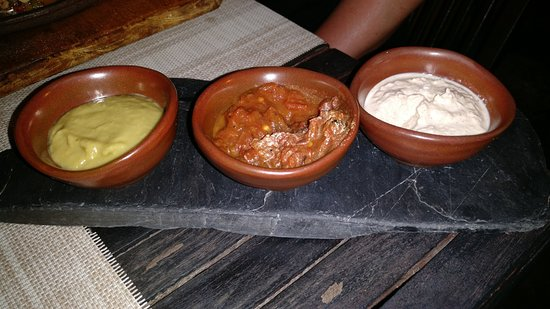 El Barrio: Sauce that came with one of the dishes - very good guacamole