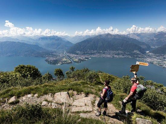 Lake Maggiore, Switzerland: Hiking on Monte Gambarogno