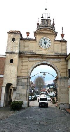 Lauro, อิตาลี: Porta di Fellino