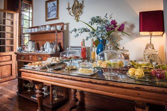 Le Pavillon de l'Emyrne: Buffet petit déjeuner