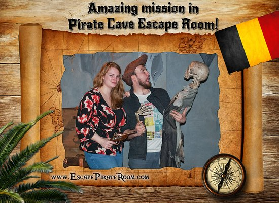 Pirate Cave: OMG! Who are you? :D