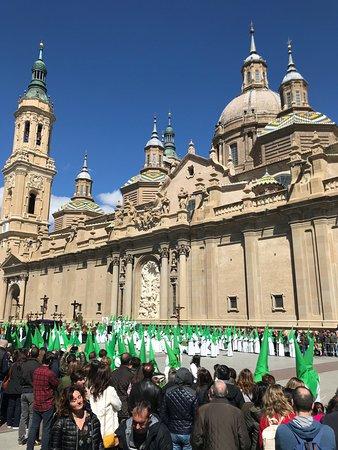 Semana Santa en la Basílica del Pilar.