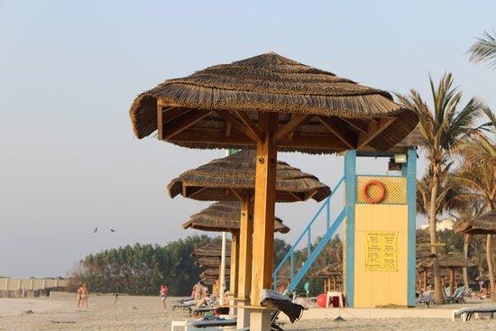 Ajman Hotel: Relaxing at the beach