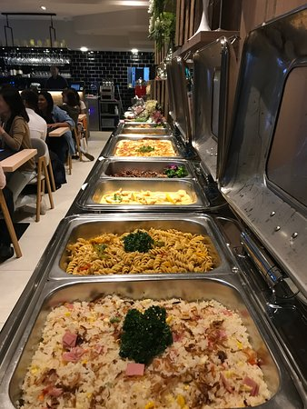 SAGE Restaurant and Bar: Delectable buffet spread by Manna Pot Catering!