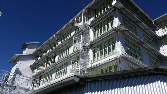 Heritance Tea Factory: hotel from outside