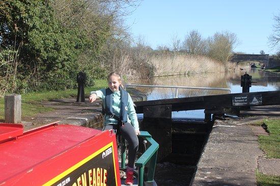 Alvechurch, UK: Eldest daughter navigating through the locks solo.