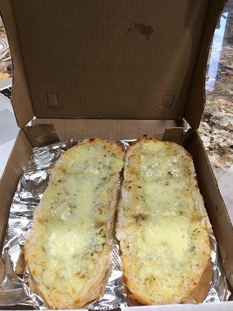 Victor, État de New York : Cheesy Garlic Bread