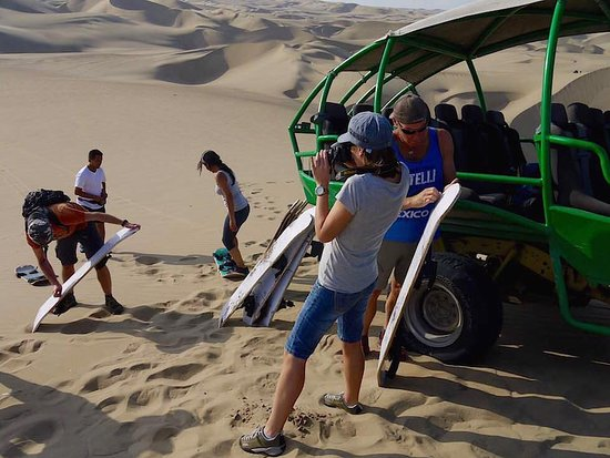 Get2nazca.com: Huacachina oasis buggy and sandboarding tour from Nazca