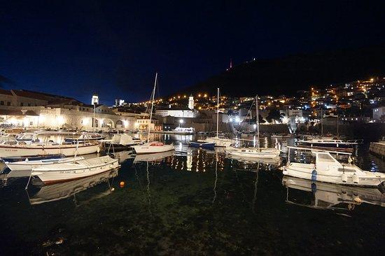 City Harbor: น้ำใสมากค่ะ