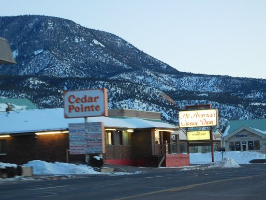All American Diner: Amazing Diner..check out if you are going through Cedar City Utah