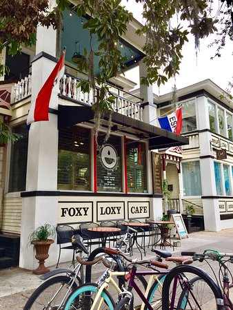 Foxy Loxy Cafe: Come on in, we're open!