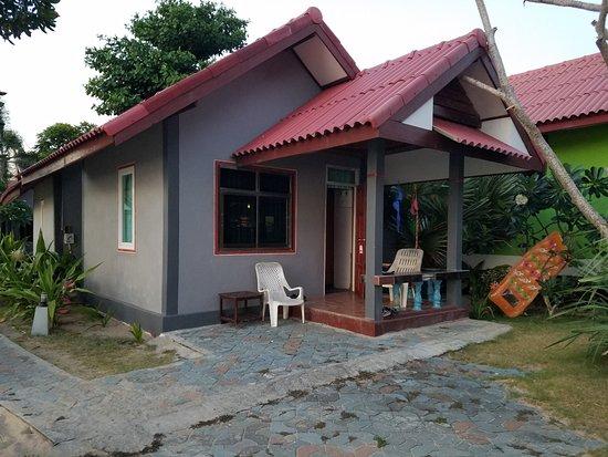 Lanta Nature Beach Resort: room A5