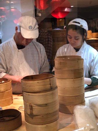 Dumplings' Legend: ממלאים את הדמפלינג