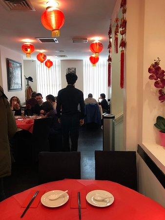 Dumplings' Legend: חלל המסעדה