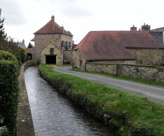 Mayenne, Francja: l'Erve petite riviière
