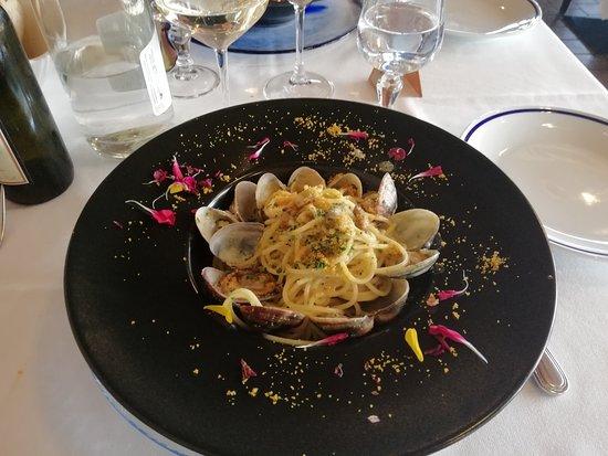 Pregnana Milanese, Ιταλία: spaghetti ai 3 orgasmi (vongole veraci,ricci di mare, bottarga di muggine)