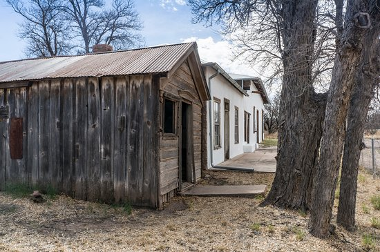 Hereford, AZ: Shed and Post Office