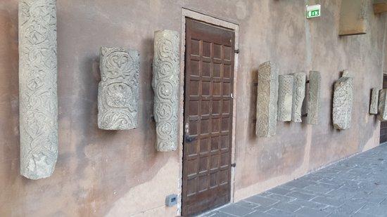 Castello Visconteo: CASTELLO...
