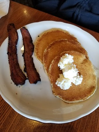 Grosse Pointe, MI: Nice simple Delicious pancakes!