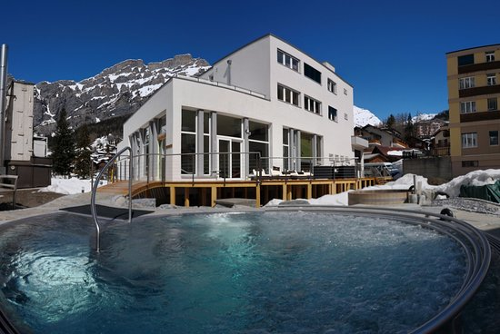 Therme 51° Hotel, Physio & SPA