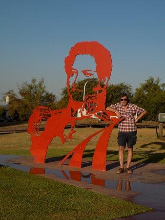 Monumento Batalla Vuelta de Obligado: Con el Brigadier General...