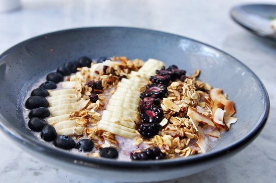 House Restaurant: Blueberry + Coco Smoothie Bowl.