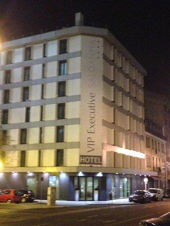 Vip Executive Saldanha Hotel: Esterno di sera