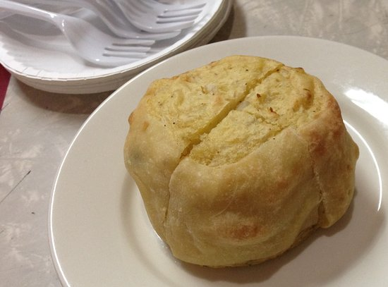 NYC Lower East Side Food and Culture Small-Group Tour: Yonah Shimmel knish