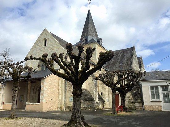 Scorbé-Clairvaux, Γαλλία: Une église magnifiquement restaurée
