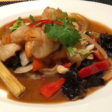 Gebratenes Crevetten mit  Verchiedenes Gemüse,Shitake Pilzen an Sojasauce.