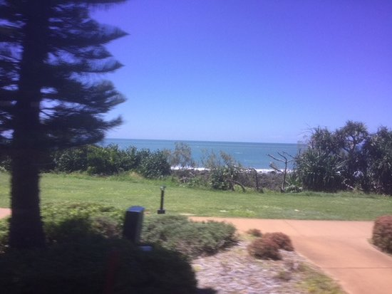 Bargara, Australia: Shady trees