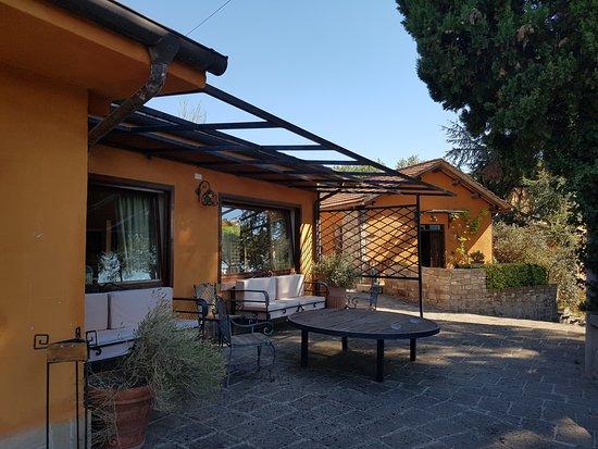 Ponzano Romano, Italien: relax esterno ristorante