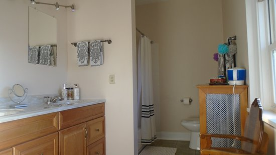 Connellsville Bed And Breakfast: German Room Bathroom With Double Sinks And  Multi Head Shower