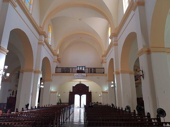 Matanzas, Cuba: Catedral de San Carlos, parte del recorrido